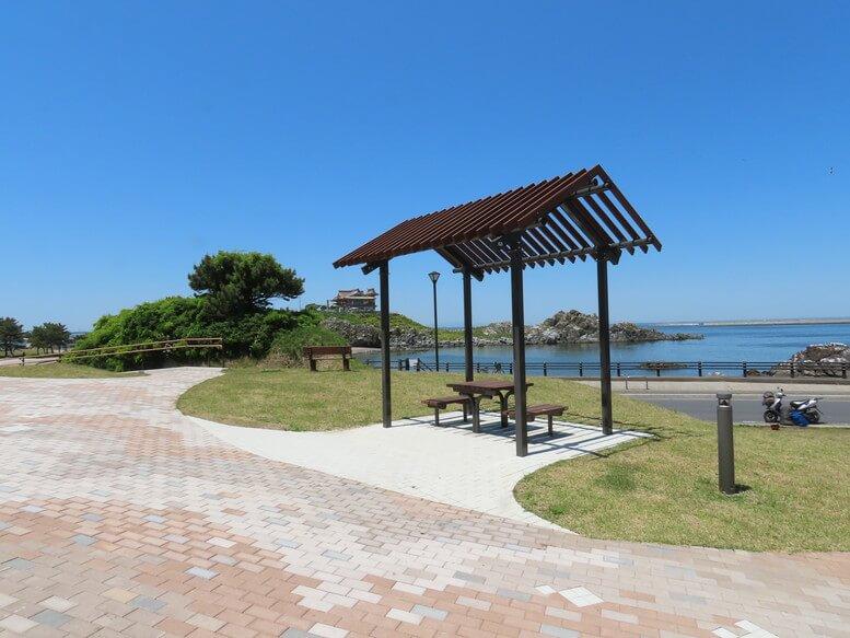 青森県八戸市 三陸ジオパーク みちのく潮風トレイル 蕪島 遊歩道