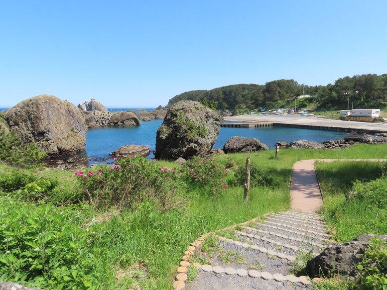 青森県八戸市 三陸ジオパーク みちのく潮風トレイル 海岸 遊歩道